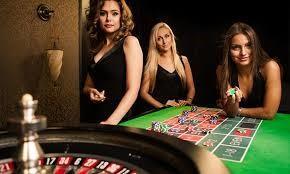 femmes croupier casino live roulette